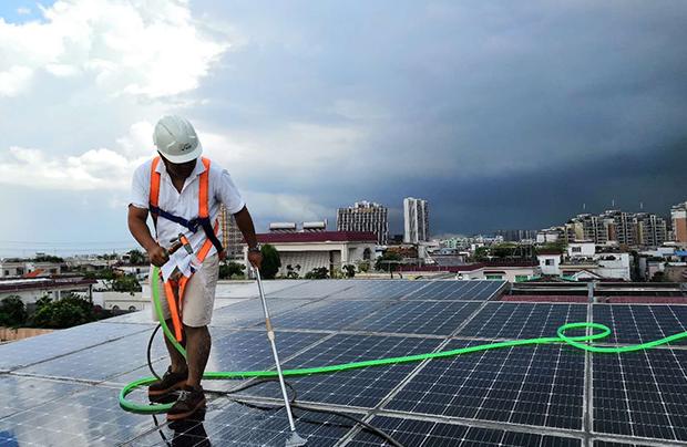 专注太阳能发电站研发制造